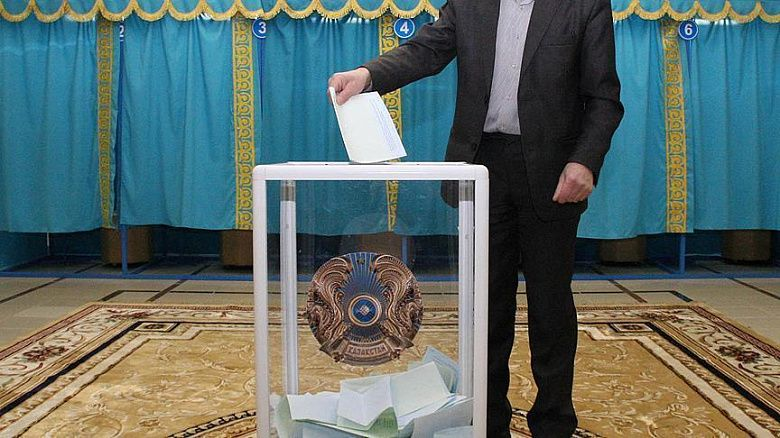 Д.Ашимбаев: В парламентские выборы изначально заложен ряд системных сбоев